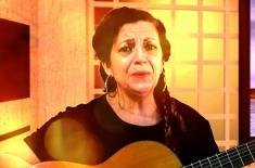 """Nilza Mendes gravação da música """"Eu pertenço a você"""" no studio da TVJAMPA"""